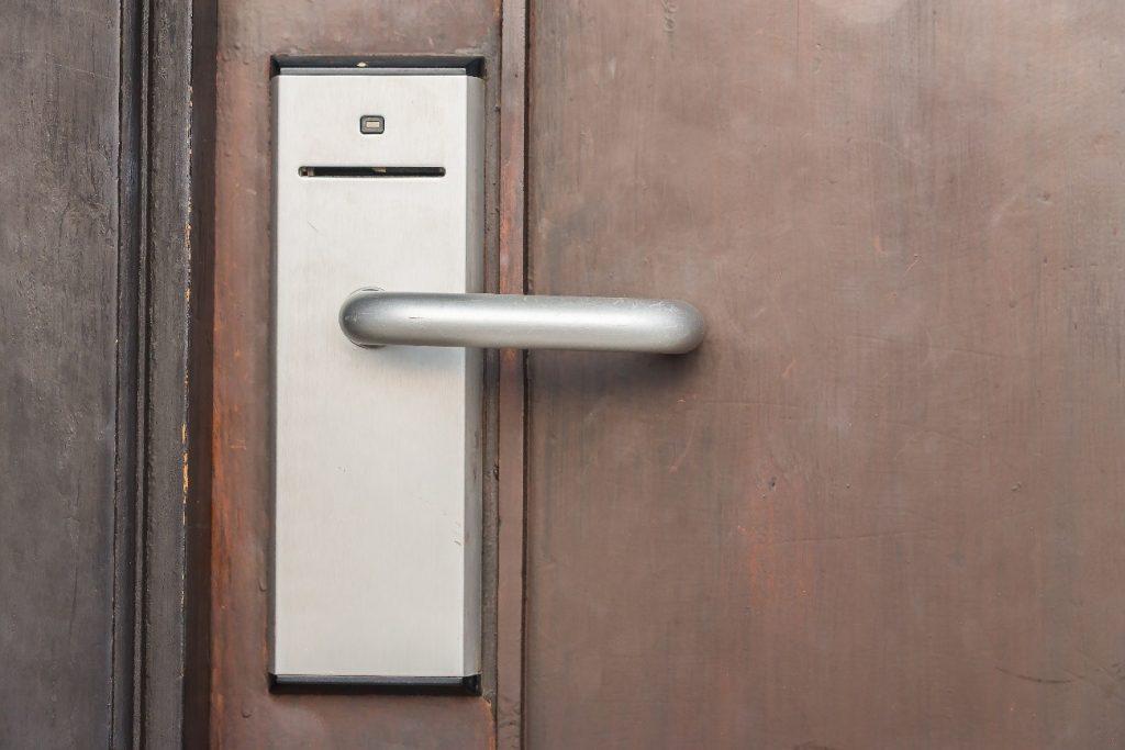 Fechaduras Eletromagnéticas: opções de controle de acesso