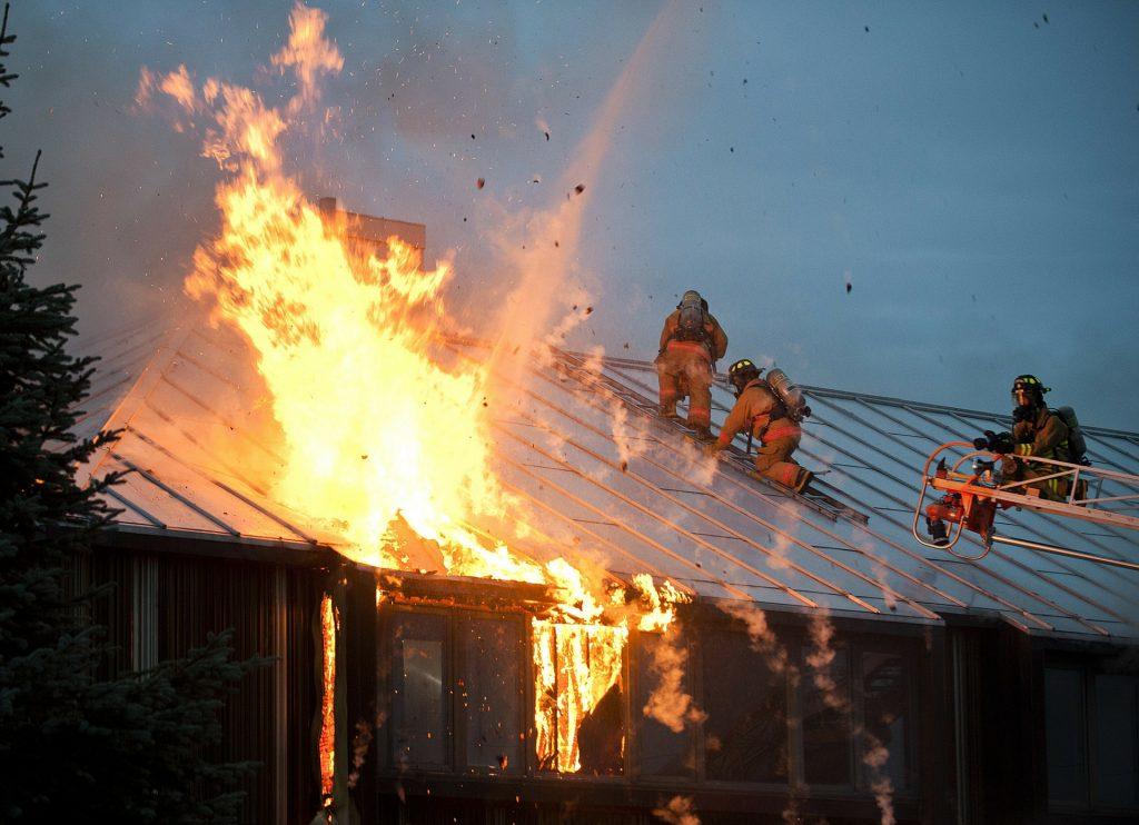Prevenção de Acidentes Com Alarmes de Incêndio em Condomínios